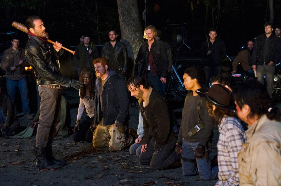 Predstojeća sezona 7, serije 'Okružen mrtvima' (Walking Dead), se najverovatnije neće završiti sa napetim preokretima