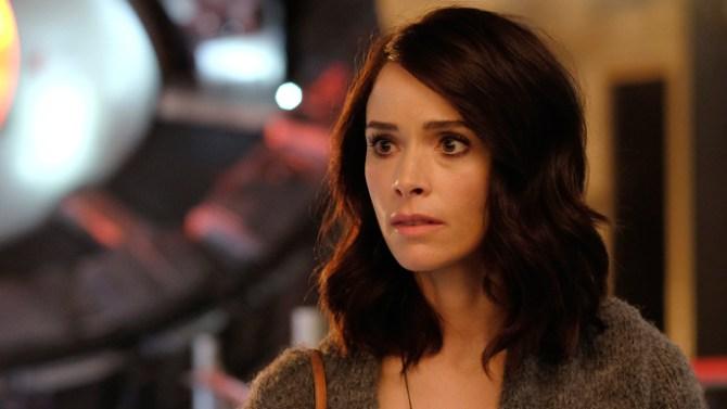Serija Timeless dobila dodatne epizode; NBC odredio datum premijere za seriju Taken